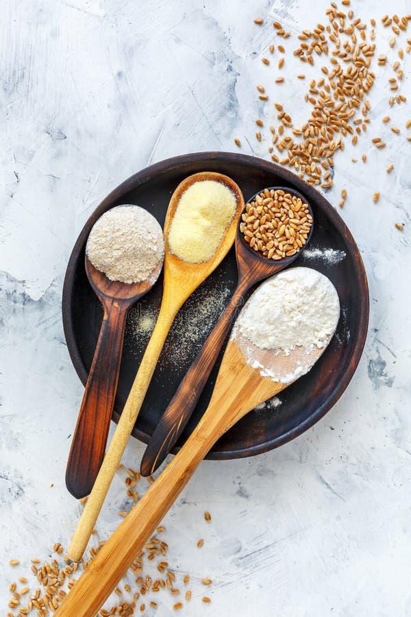 Разные виды пшеничной муки стоковое изображение