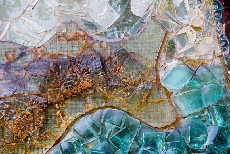 Различная цветастая абстрактная декоративная стеклянная стена стоковое фото