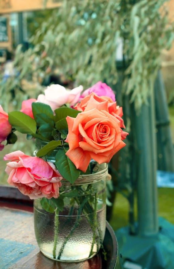 Download Различное разнообразие роз стоковое фото. изображение насчитывающей каменщик - 41658576