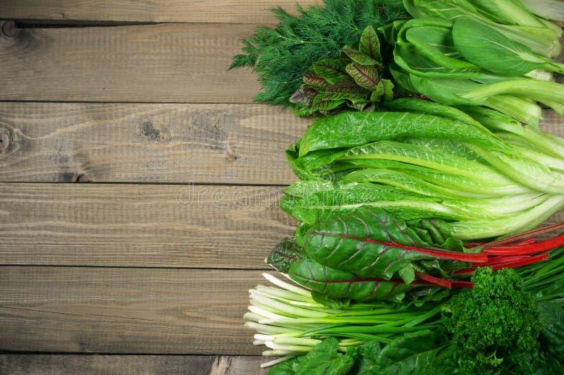 Различные густолиственные овощи стоковое фото