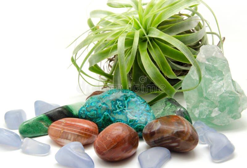 Различные минералы и кристаллы: стоковые изображения rf