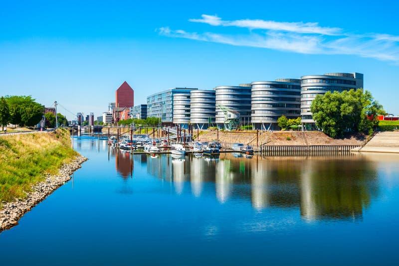 Район гавани Innenhafen в Дуйсбурге стоковые фотографии rf
