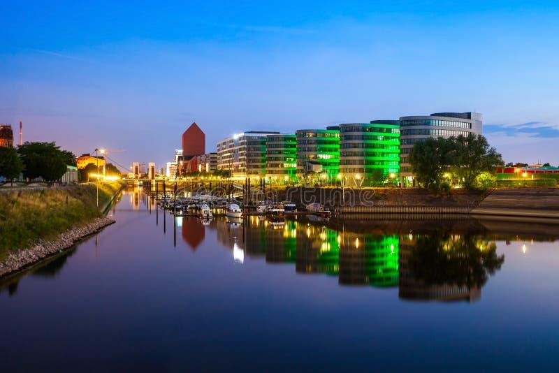 Район гавани Innenhafen в Дуйсбурге стоковая фотография rf