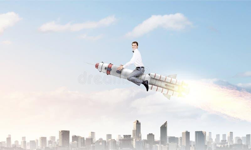Ракета катания человека Мультимедиа стоковые фотографии rf