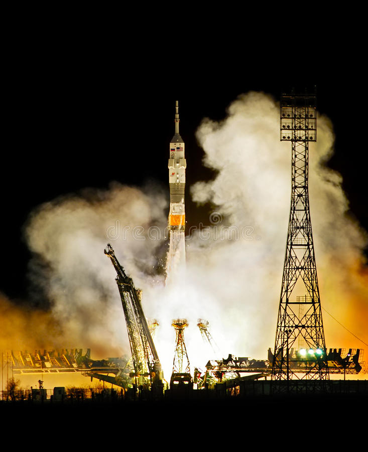 ракета старта стоковая фотография