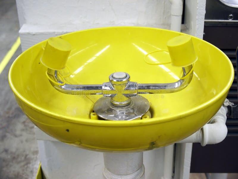 раковина eyewash стоковое изображение