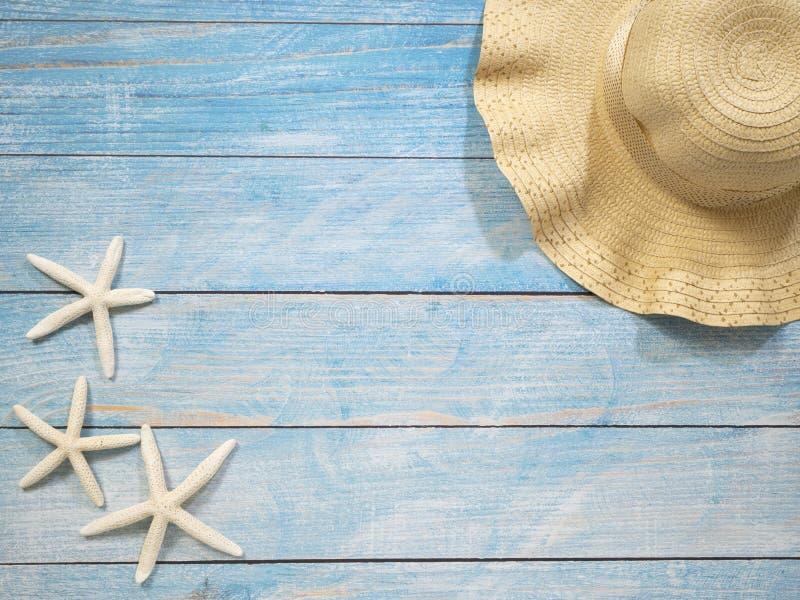 Раковины, морские звёзды, шляпы Идеи праздника стоковая фотография