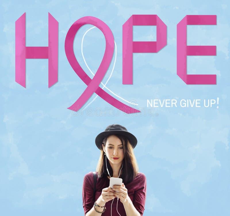 Рак молочной железы верит концепции болезни женщины надежды стоковая фотография rf
