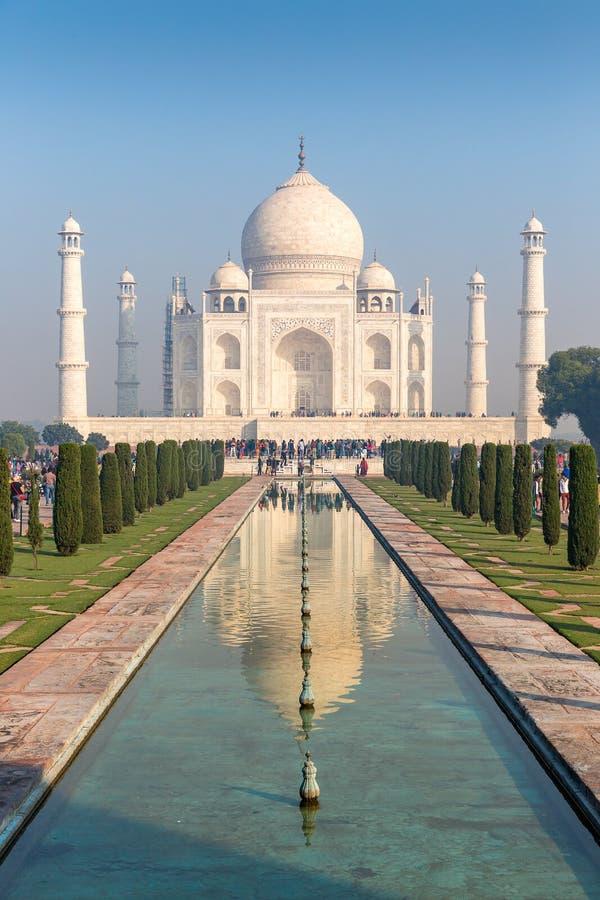 Рамка 4 минаретов Тадж-Махала, Агры, Уттар-Прадеш, Индии стоковые изображения rf
