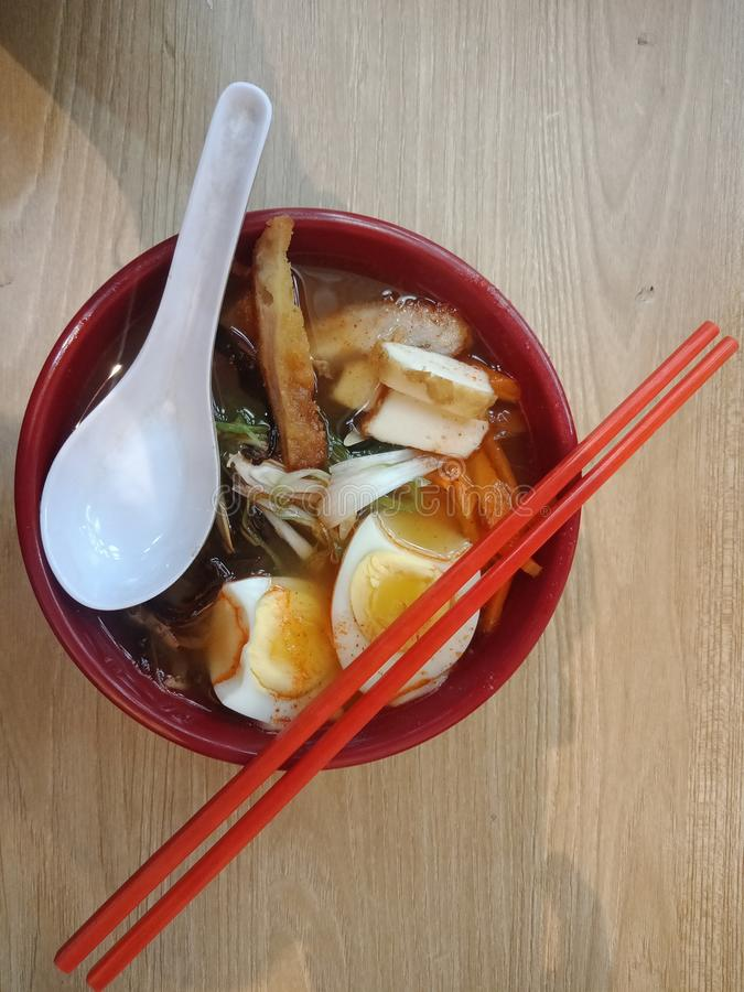 Рамэн японец еды в ресторане yagami стоковые изображения