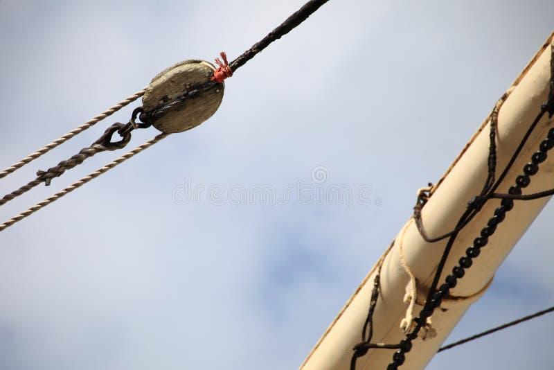 Рангоуты и веревочка парусного судна. стоковое фото