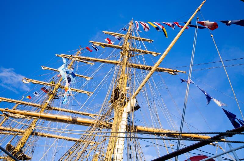 Рангоуты корабля ветрила стоковая фотография rf