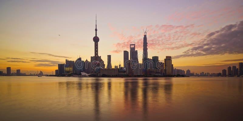 Рано утром в ¼ Œ ŒShanghaiï ¼ Lujiazuiï стоковое изображение rf