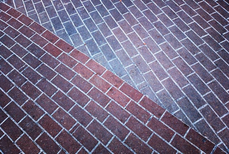Раскосная предпосылка текстуры плитки дороги парка стоковое изображение