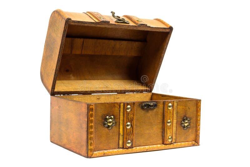 Раскройте старый деревянный комод на белой предпосылке стоковые фотографии rf