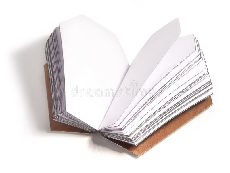 Раскрытая книга с страницами в форме гроба стоковое фото