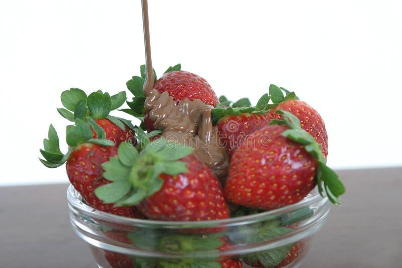 Download расплавленная влюбленность шоколада Стоковое Фото - изображение насчитывающей красно, клубника: 81922