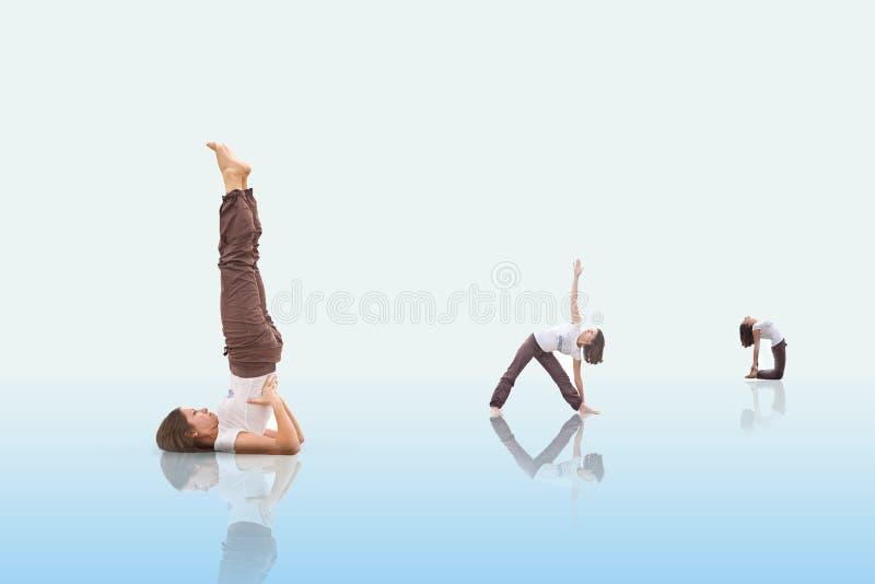 располагает йогу стоковое изображение rf