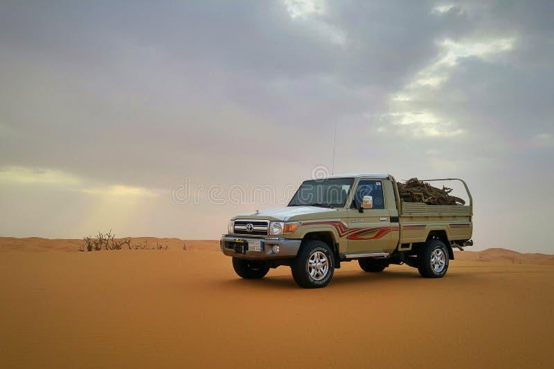 Располагаться лагерем в саудовских пустынях стоковые изображения rf
