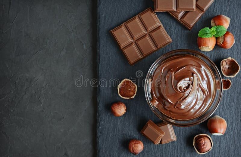 Распространение шоколада фундука стоковые изображения