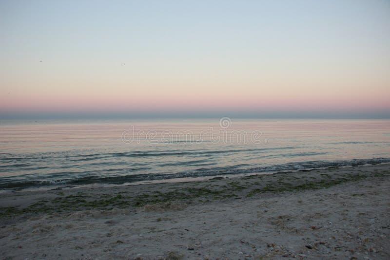 Рассвет на береге Чёрного моря на вертеле Kinburn стоковое изображение rf