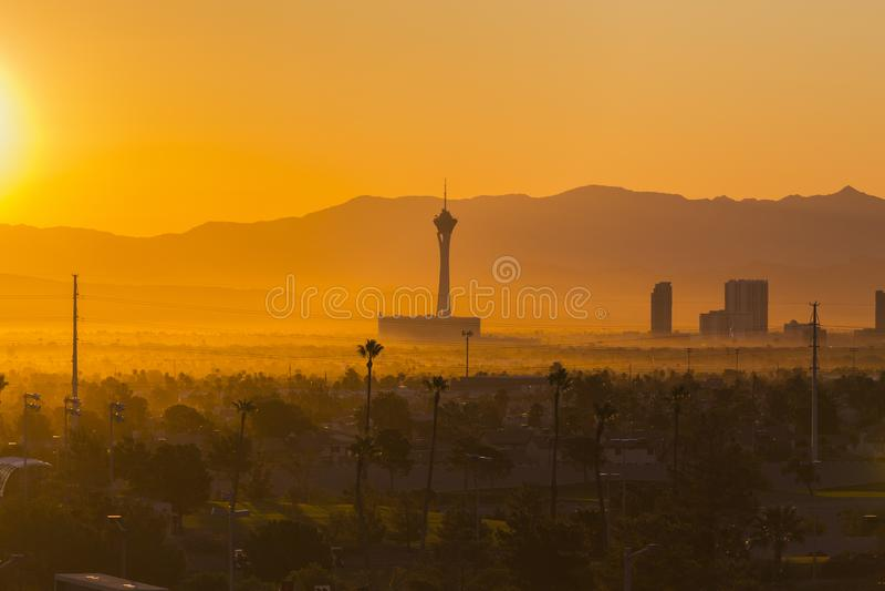 Рассвет прокладки Лас-Вегас мглистый стоковое фото rf