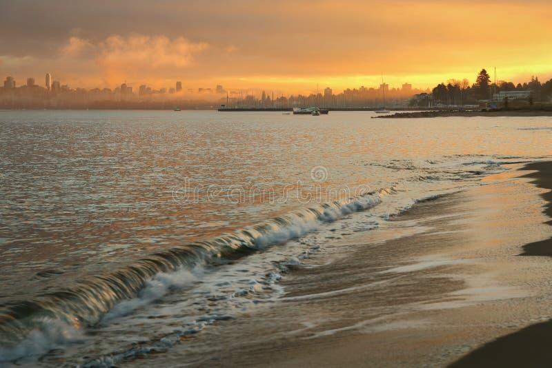 Рассвет пляжа Иерихона, Ванкувер стоковые фото