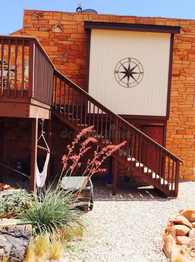 Расслабляющий загородный дом стоковое фото rf