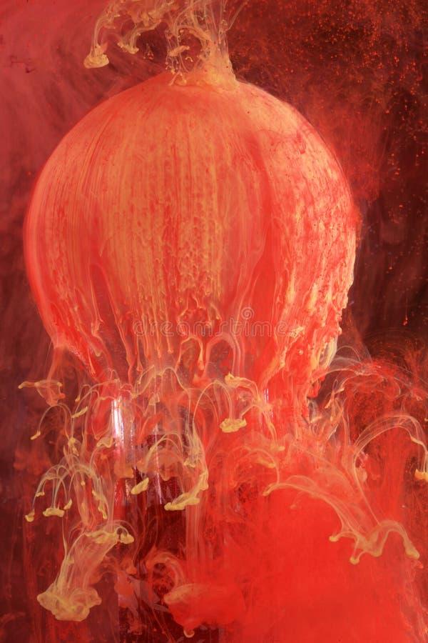 растворяя вода краски стоковая фотография rf