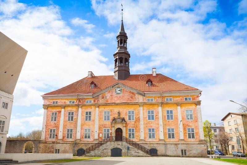 Ратуша в городке Narva, Эстонии стоковая фотография