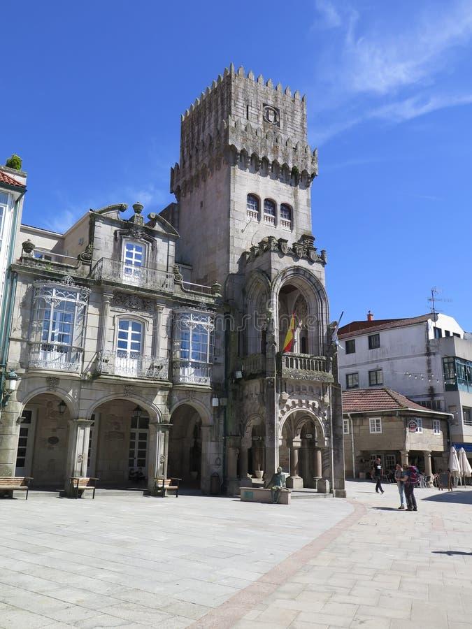 Ратуша в porrino o в западной Испании стоковые фото