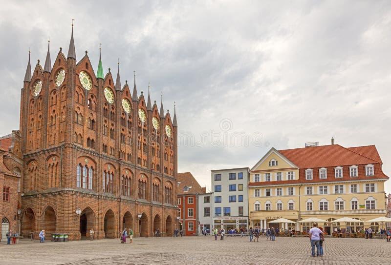 Ратуша и главная площадь Stralsund стоковое фото rf