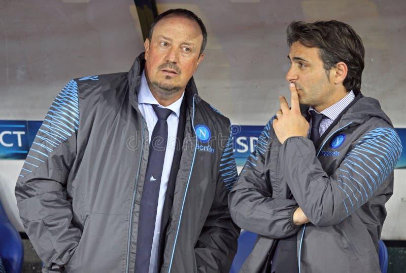 Рафаэль BenÃtez и Fabio Pecchia SSC Неаполя стоковые изображения