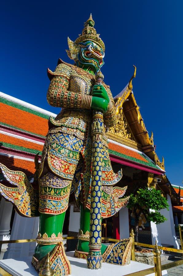 Радетель Gaint на Wat Phra Kaew, виске изумрудного Будды стоковое изображение rf