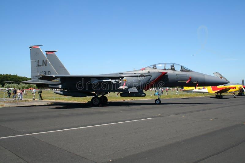 Реактивный истребитель орла забастовки военновоздушной силы США F-15 стоковая фотография rf