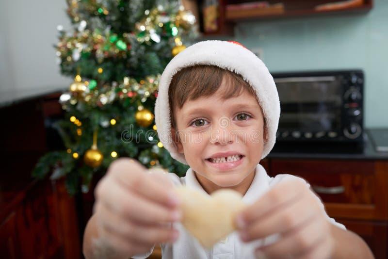 Ребенк делая варить рождества стоковое изображение rf