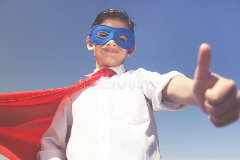 Ребенк супергероя шарики габаритные 3 стоковое изображение rf