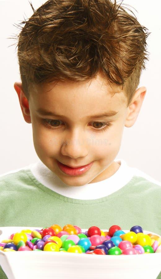 ребенок конфеты стоковое фото