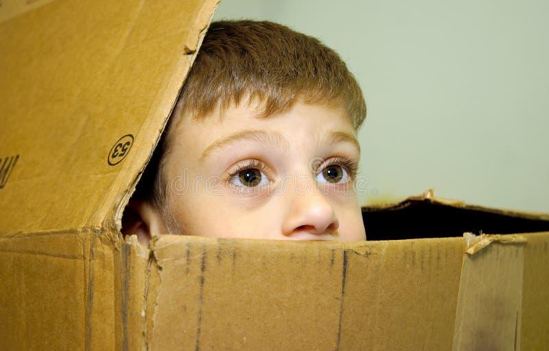 ребенок коробки стоковое изображение rf