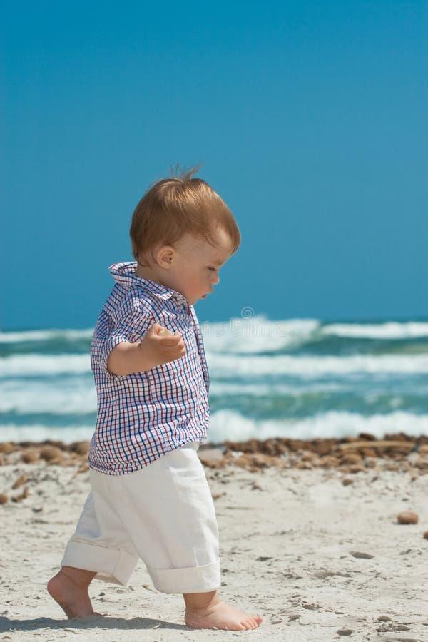 ребенок пляжа стоковое изображение rf