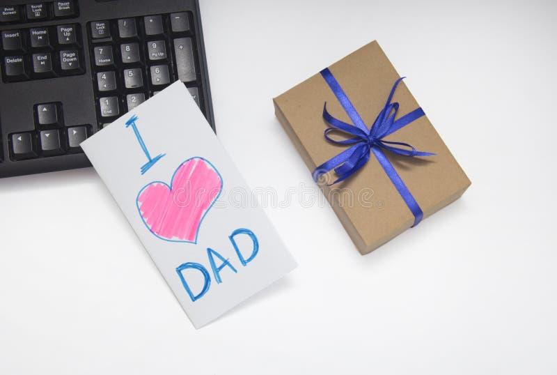 Ребенок рисует карту к вашему папе День отца Подарок папы o стоковое изображение