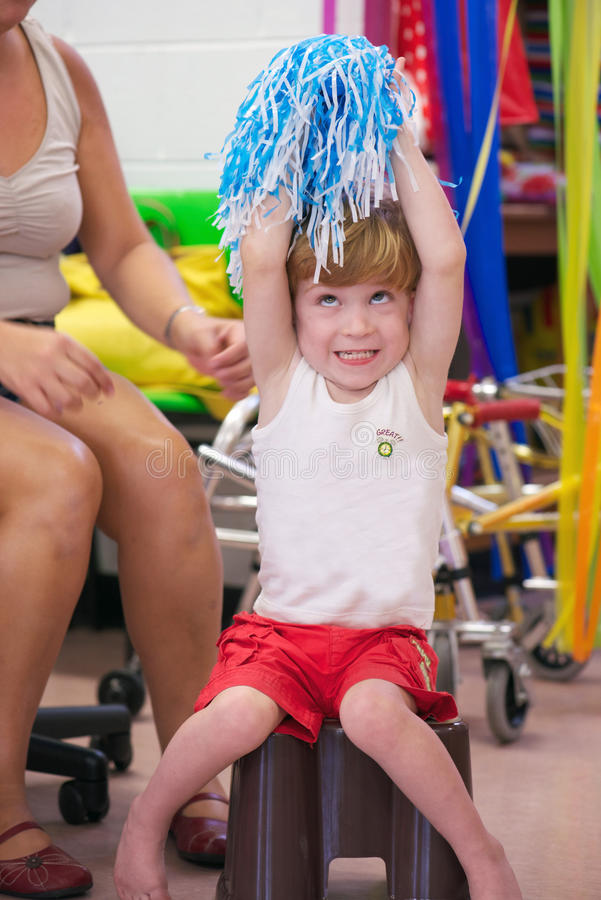 Ребенок с инвалидностью стоковое изображение
