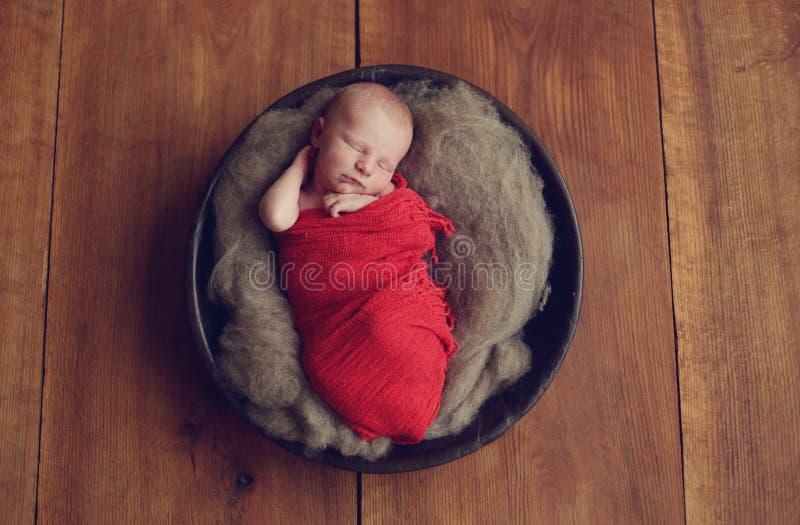 Ребёнок в шаре стоковые фото