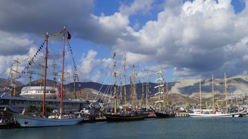 Регата 2016 кораблей Чёрного моря высокорослая стоковое изображение rf