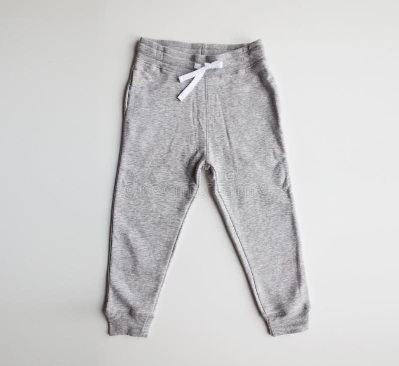 Резвит брюки на белой предпосылке стоковое изображение