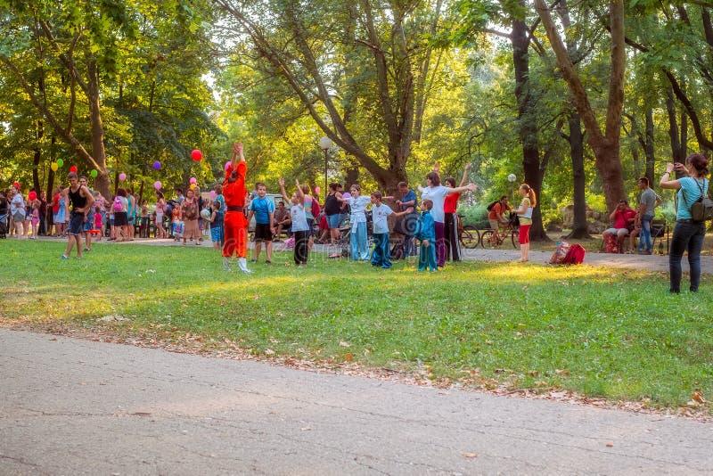 Резвит деятельность в парке стоковое фото rf