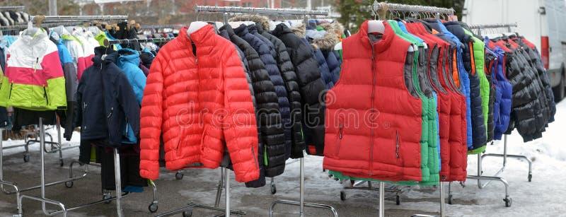 Резвит лыжа магазина одежды стоковое фото rf