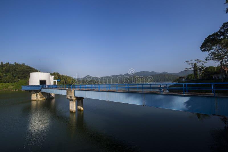 Резервуар Sermo, Jogjakarta, Индонезия стоковые фотографии rf