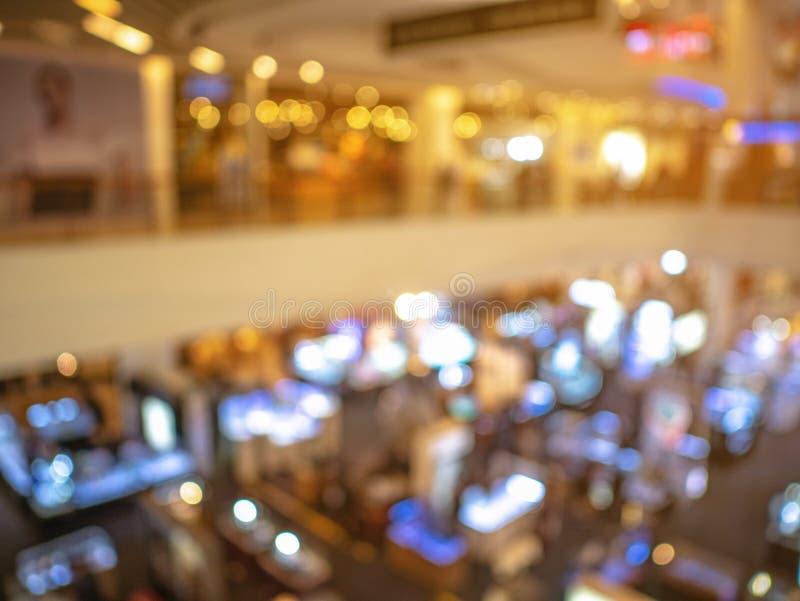 Резюмируйте запачканное фото выставки в универмаге стоковые фотографии rf
