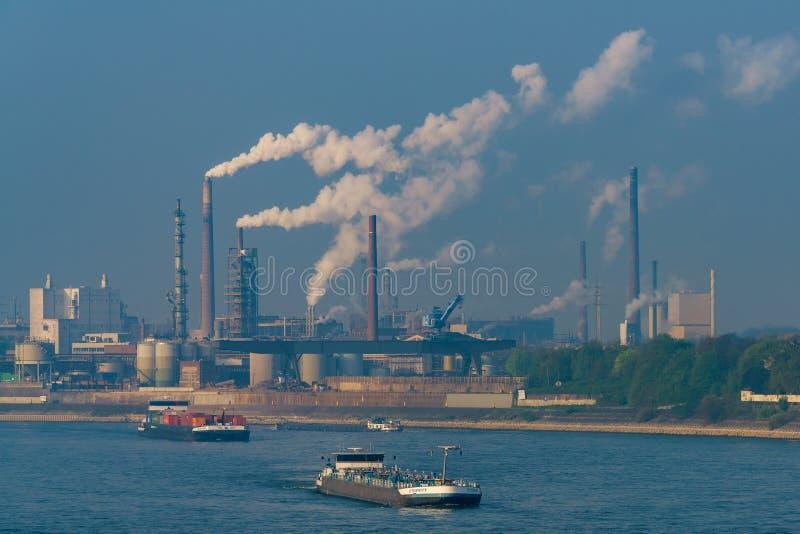 Рейн & гавань, Дуйсбург-Ruhrort, северная Рейн-Вестфалия, Germa стоковые изображения rf